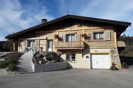 Maison style Rénovation - Rénovation façades - Les Gras